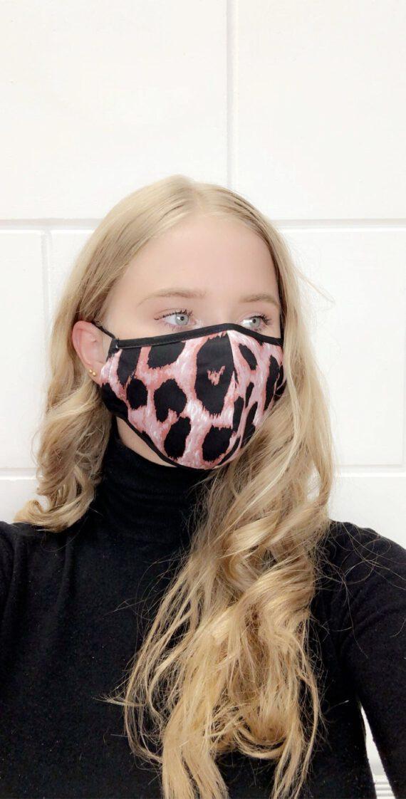 Masker 14 met roze panter dierenprint